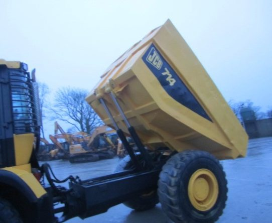 JCB 714 ARTICULATED DUMP TRUCK