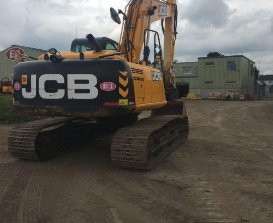 JCB JS220LC TRACKED EXCAVATOR